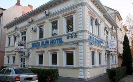 Tisza Alfa Hotel  - napi szobár csomag
