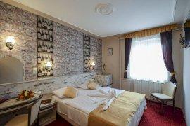 Hotel Korona Eger Wellness, Rendezvény és Borszálloda  - napi szobár...